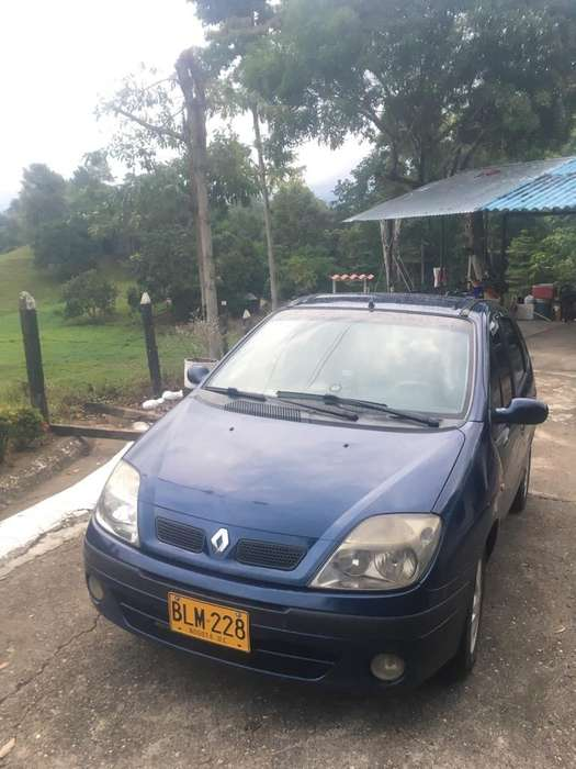 <strong>renault</strong> Scenic  2002 - 150000 km
