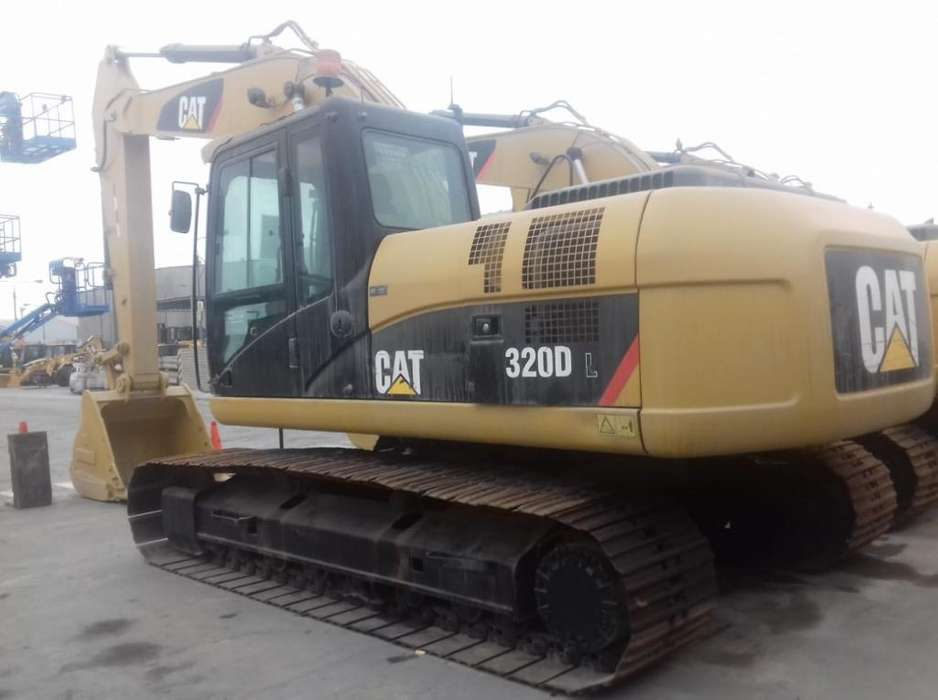 Excavadora Caterpillar 320dl 2013