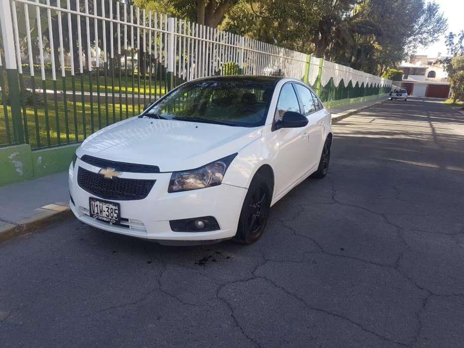 Chevrolet Cruze 2010 - 70000 km