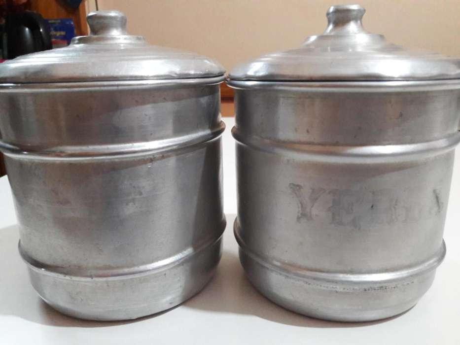 2 Tarros antiguos de aluminio para cocina yerba Azúcar