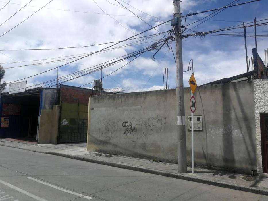 Bodega en arriendo barrio la uribe 22-00143