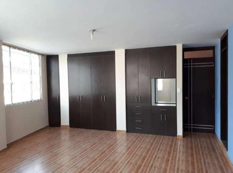 Departamento en Renta / Alquiler Urb. Puertas del Sol Carapungo