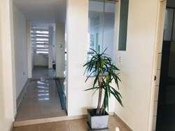TRIPLEX 200 m2 5 habitaciones 3 baños sala terraza comercial