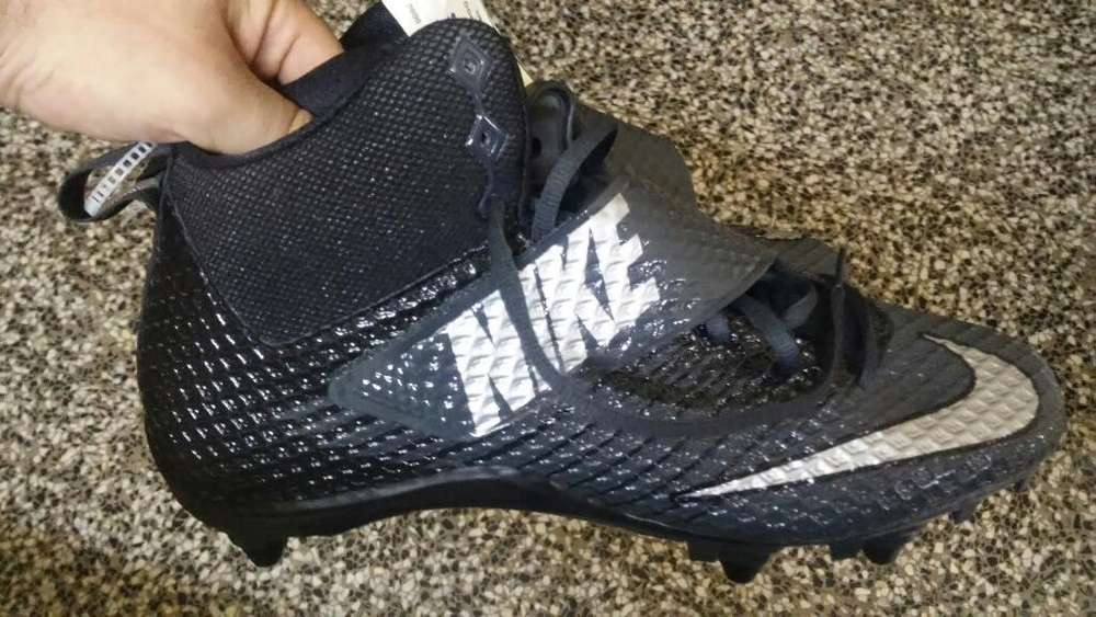 Botines Nike N42 sin Estrenar