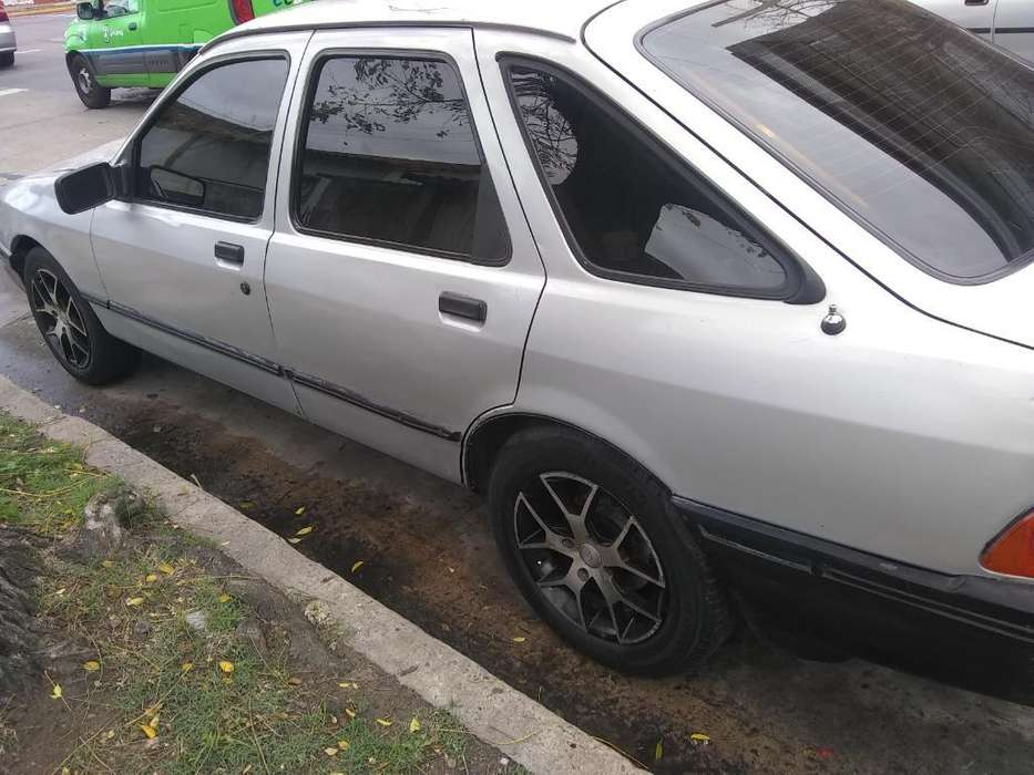 Ford Sierra  1989 - 250000 km