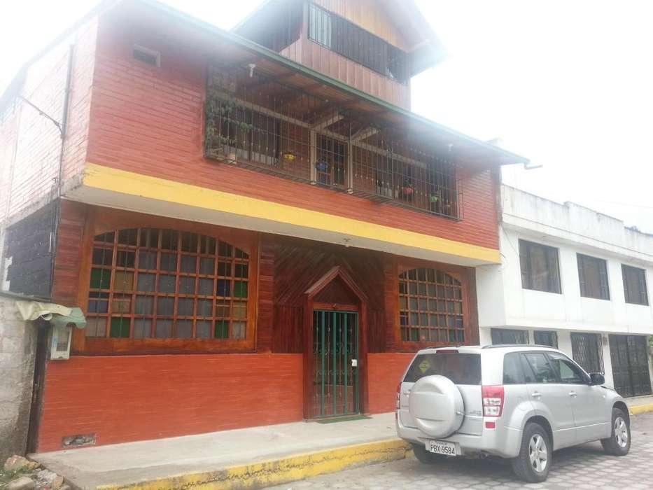 RESIDENCIAL TIPO HOSTAL AMOBLADA 200M DIAGONAL AL PARQUE CENTRAL DE MINDO