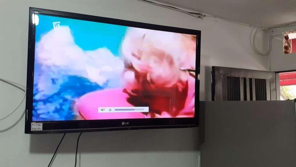 Tv 42 ' Lcd, Lg, No Es Smart, Buen Estad