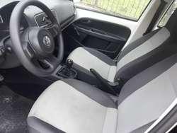 VW UP 2015 5 PUERTAS C/A 1RA MANO. UNICO CORDOBA LIQ URGENTE