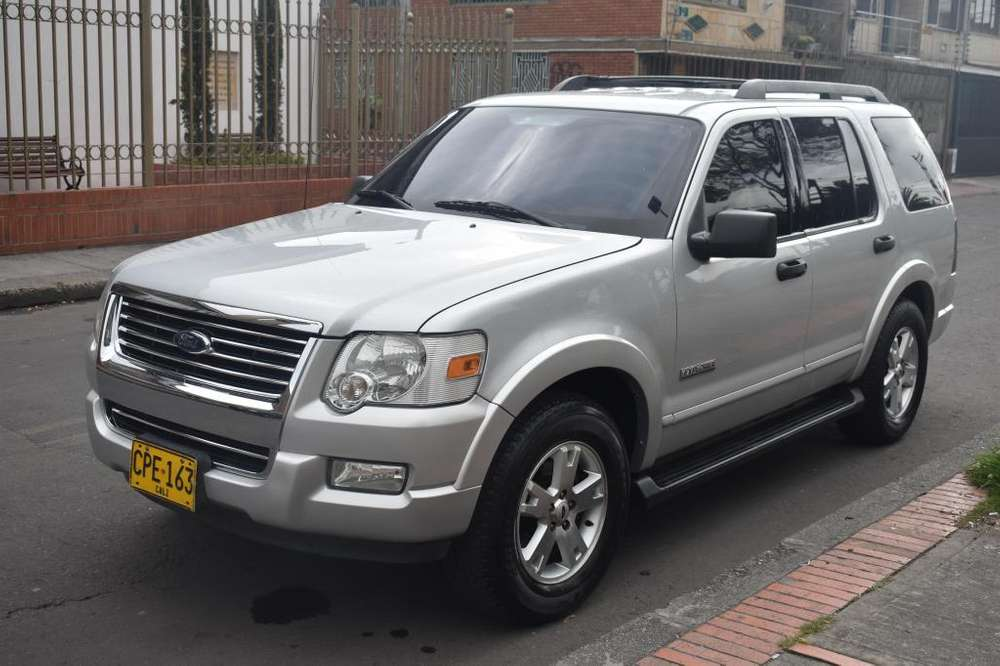 Ford Explorer 2007 - 178200 km
