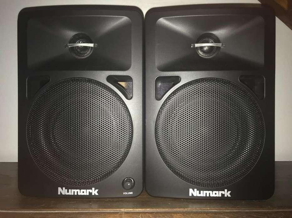 <strong>monitor</strong> de Estudio Numark N-Wave 580