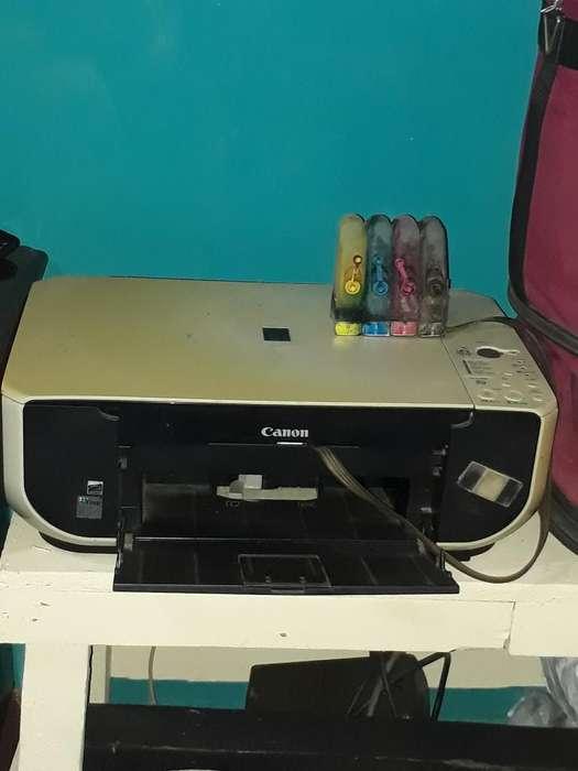 Vendo Inpresora con Recargador de Tintas