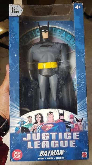 Batman Matel 25 Cm Em Caja Encime Miniat