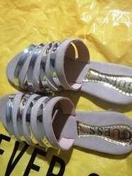 Vendo Zapatillas Hermosas