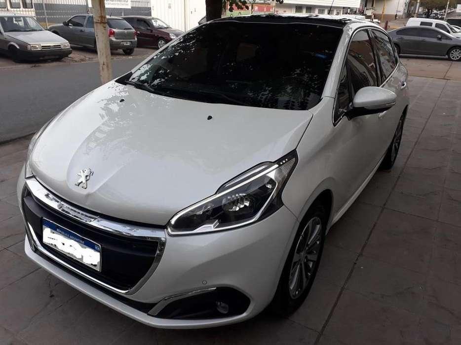 Peugeot 208 2016 - 70000 km