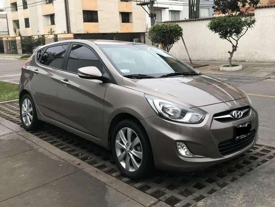 Hyundai Accent Hatchback 2014 - 10000 km