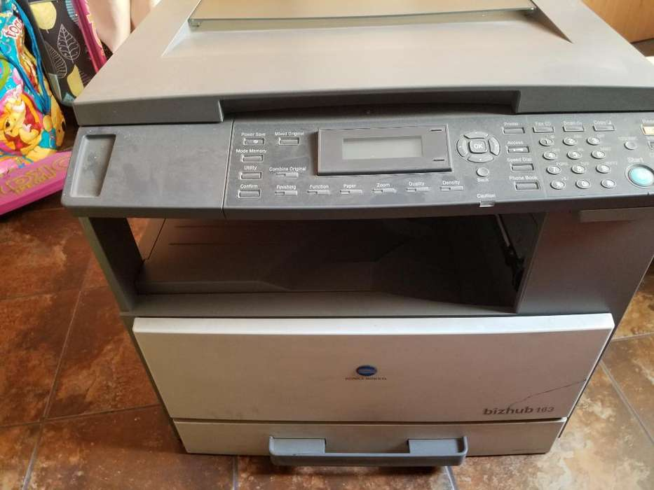 Impresora Konica Minolta Bizhub 163