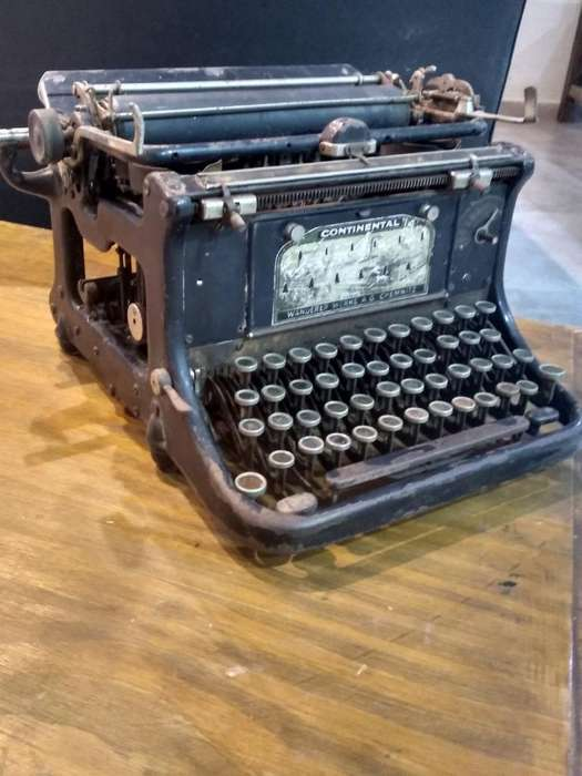 Antigua Maquina Escribir Continental