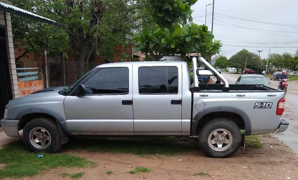 Chevrolet S-10 2010 - 120000 km