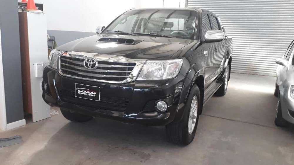 Toyota Hilux 2012 - 201000 km