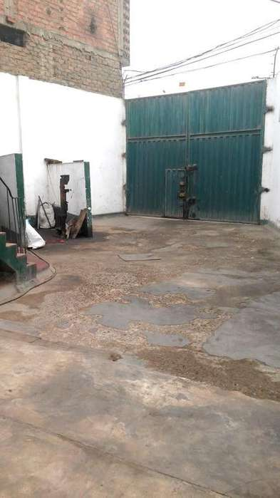 En venta de Zarate! Local Comercial, Industrial 840 m² At y 478 m² Ac