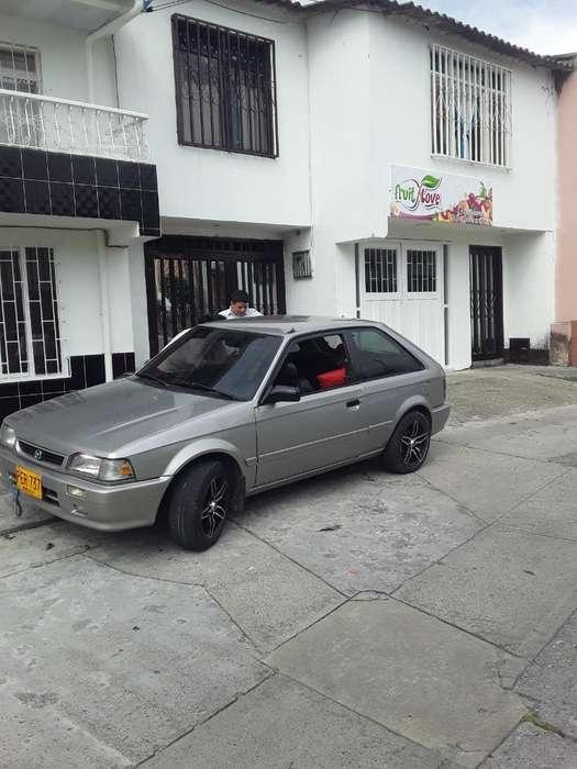 Mazda 323 2003 - 970000 km