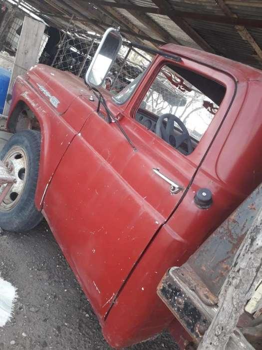 Vendo F vendo Camion Ford 600