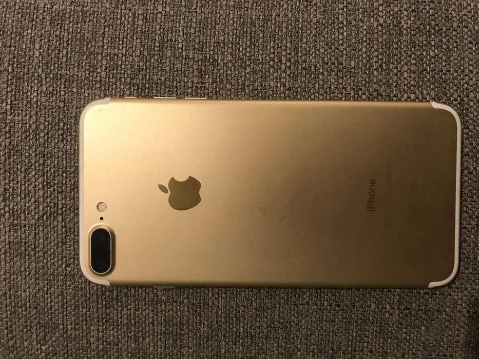 LIQUIDO iPhone 7 plus 32 gigas Unico detalle en 3 foto