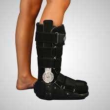 Bota ortopedica articulada
