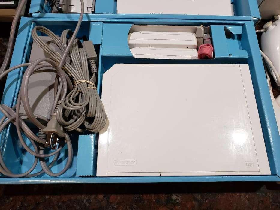 Nintendo Wii Completa en Caja con Manual