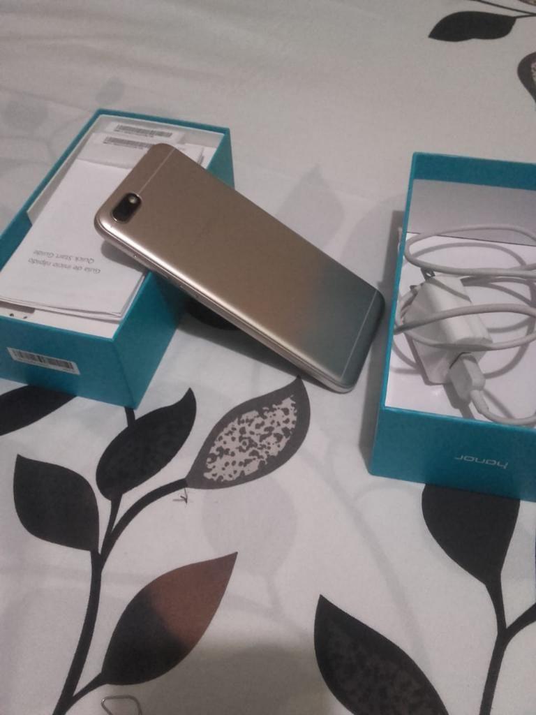 Huawei Honor 7s con Cargador Original