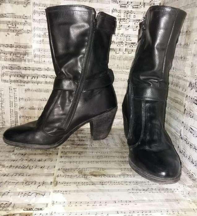 Vendo zapatos de mujer talle 40 nuevos o con poco uso. Liquido II