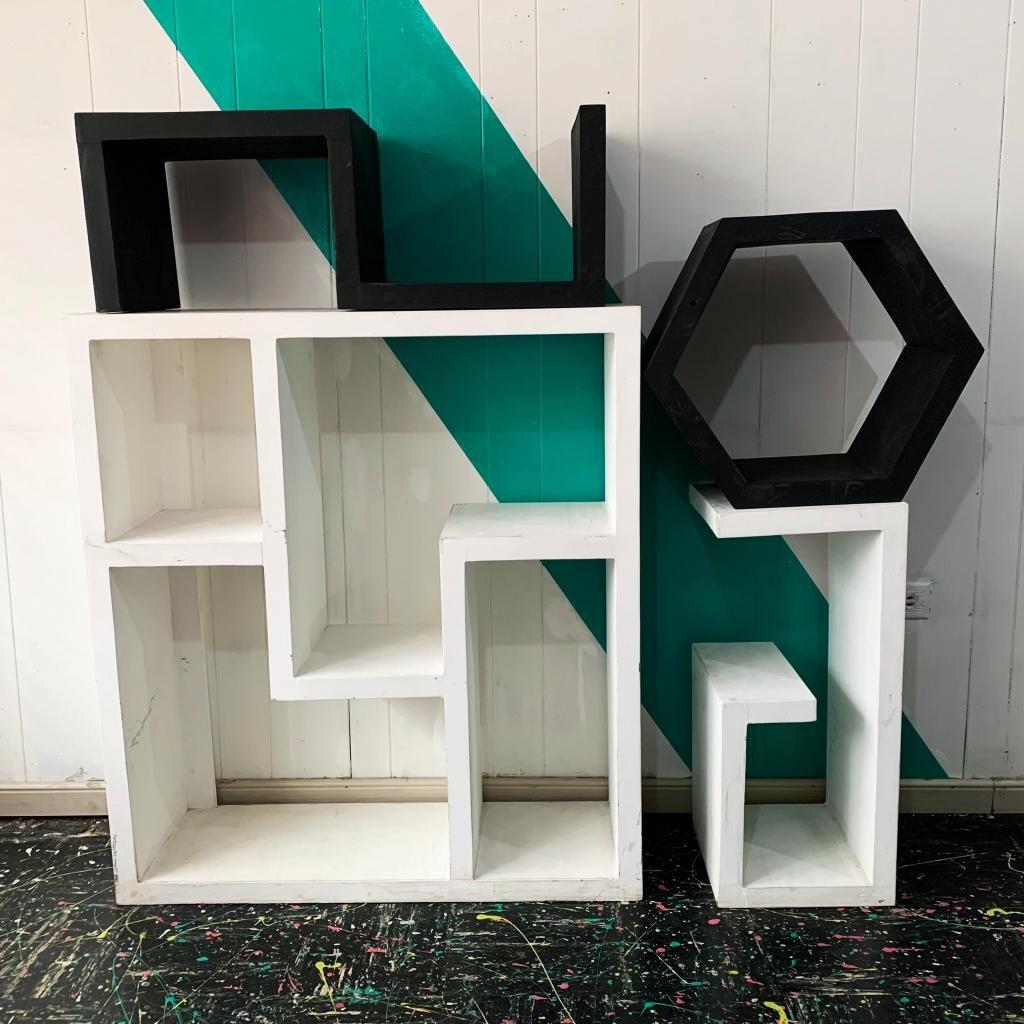 4 Muebles Auxiliares MDF Modulares Pintados Blanco y Negro