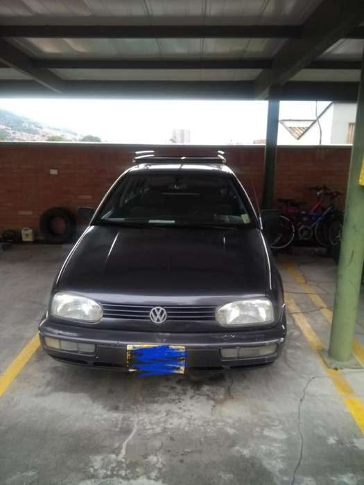 Volkswagen Golf 1995 - 100000 km