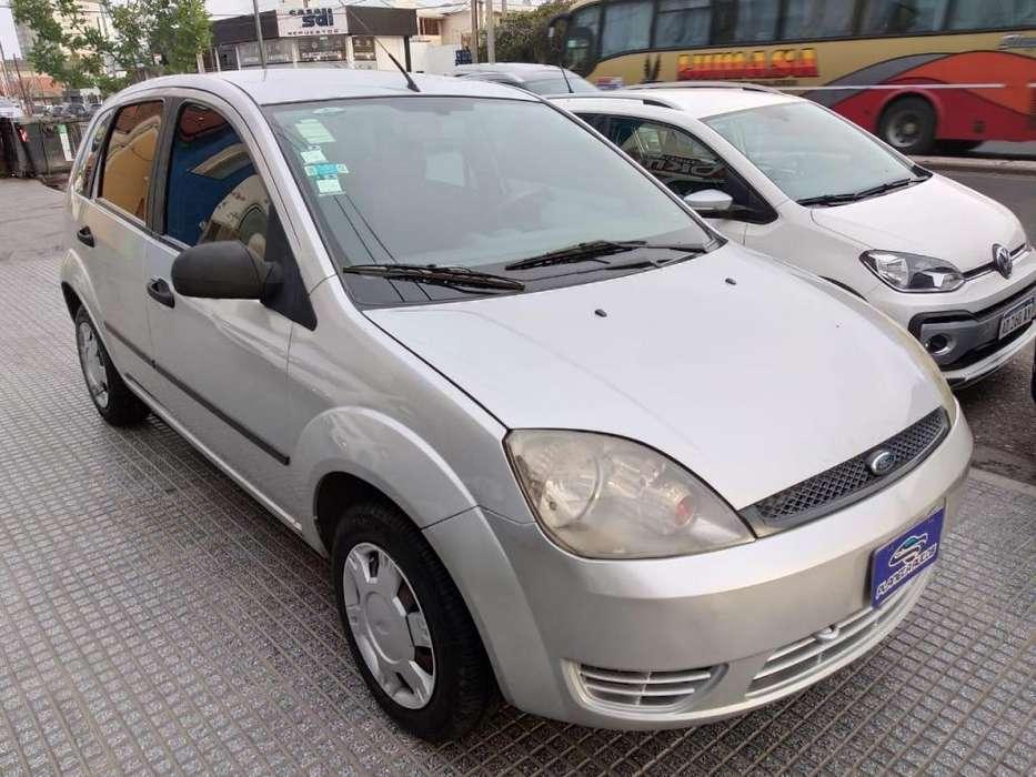 Ford Fiesta  2006 - 155000 km