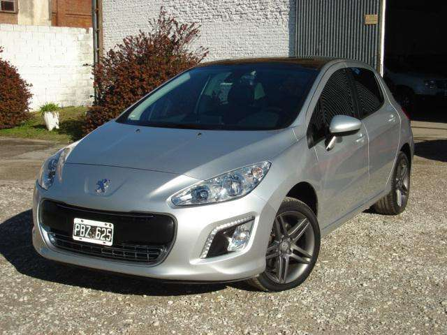 Peugeot 308 2015 - 63000 km