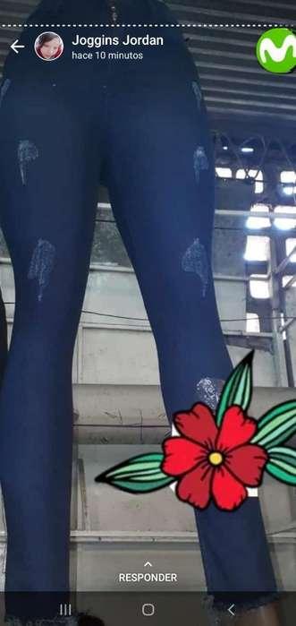 Jeans Y Conjuntos