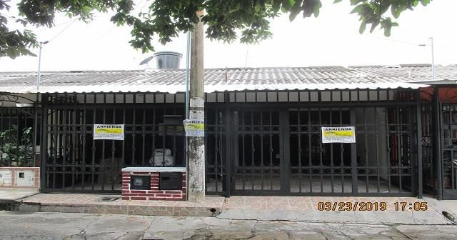 SE ARRIENDA CASA MIRA RIO