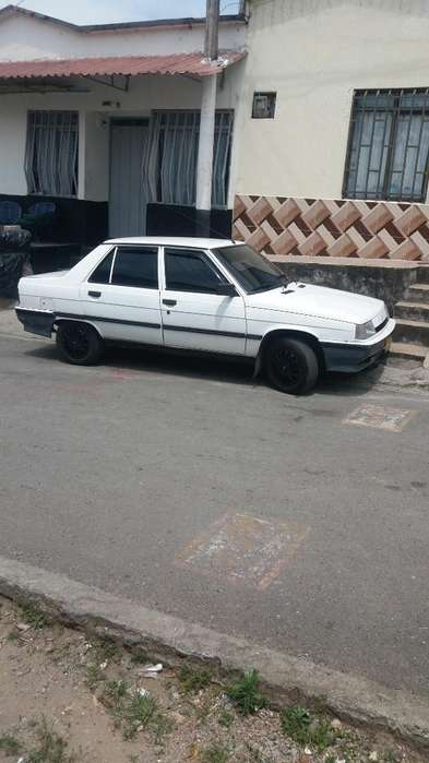 Renault R9 1996 - 239000 km