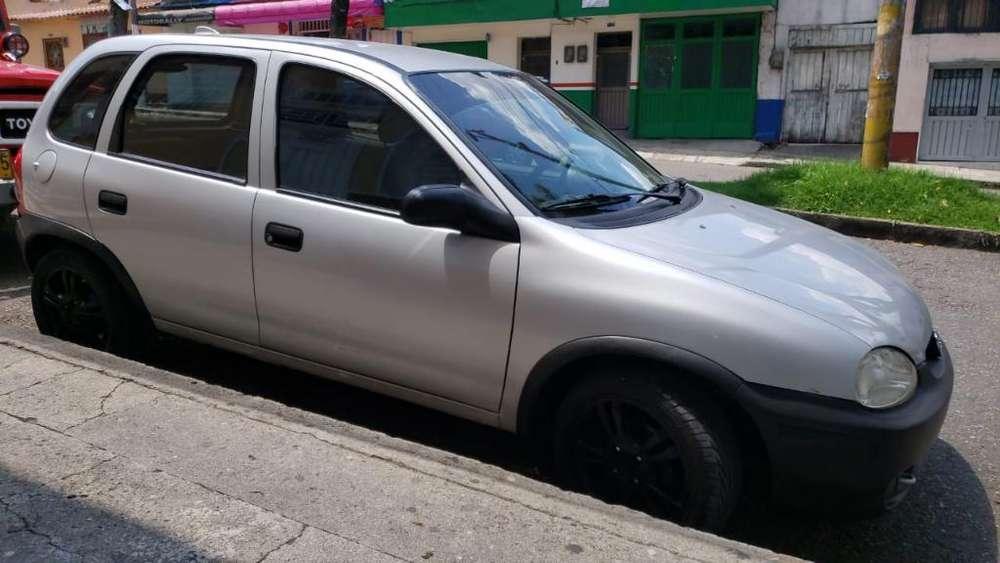 Chevrolet Corsa 4 Ptas. 2005 - 133500 km