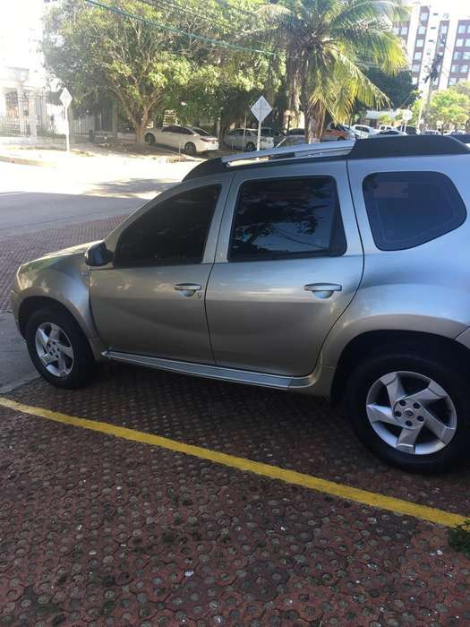 Renault Duster 2014 - 51000 km