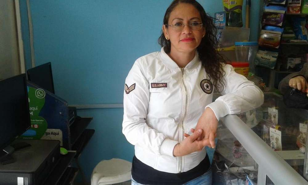 MARIA VICTORIA LOAIZA LOPEZ Cuidadora de persnas a domicilio