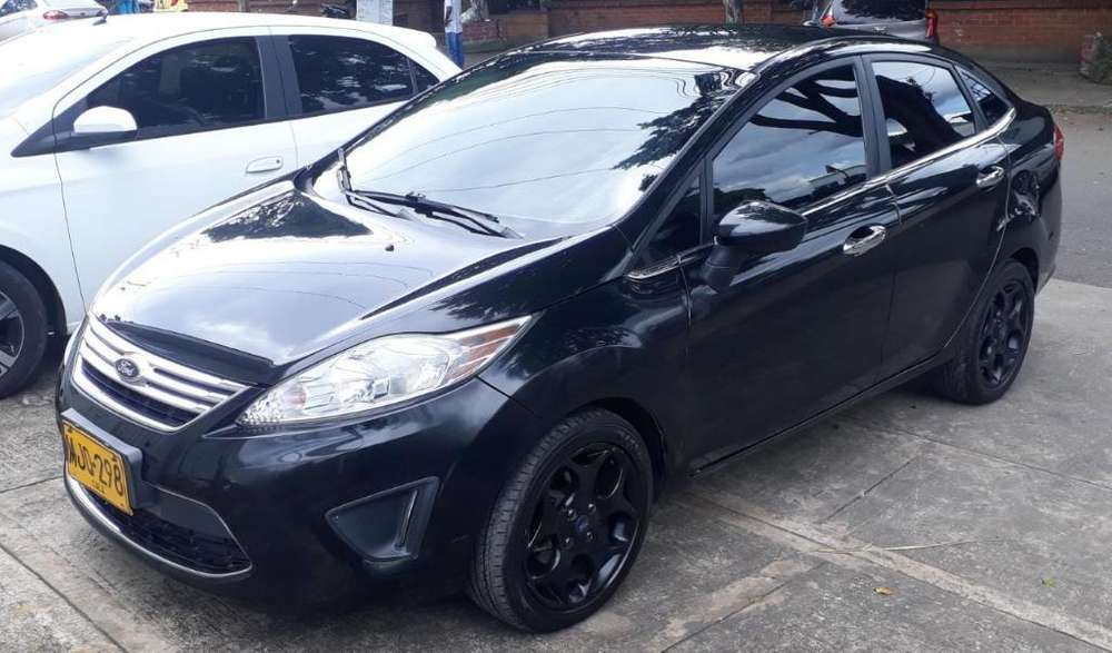 <strong>ford</strong> Fiesta  2012 - 95000 km