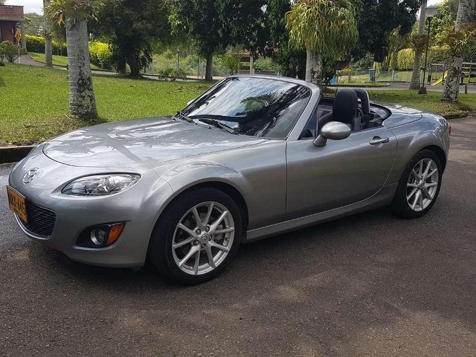 Mazda Miata 2011 - 35000 km