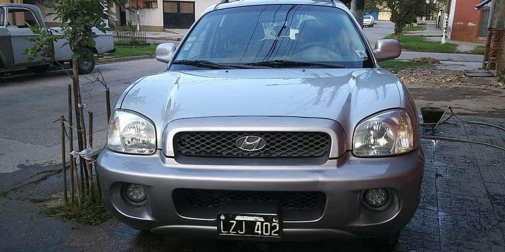 Hyundai Santa Fe 2004 - 200 km