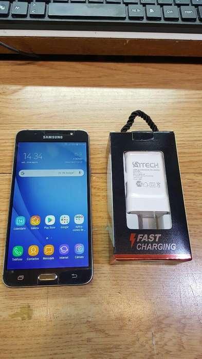 Samsung J7 2016 Liberado con Cargador