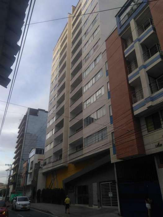 VENDO <strong>apartamento</strong> CENTRO COMO NUEVO 3 ALCOBAS ZONA SOCIAL