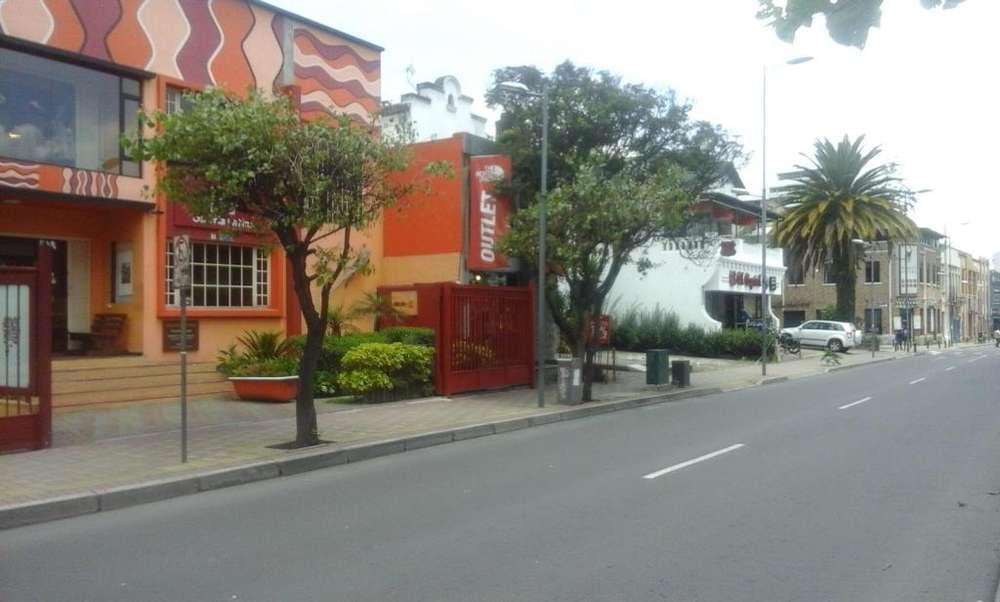 Venta casa comercial sector plaza fosch.