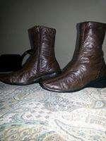 Vendo botas cuero ecológico, talle 38