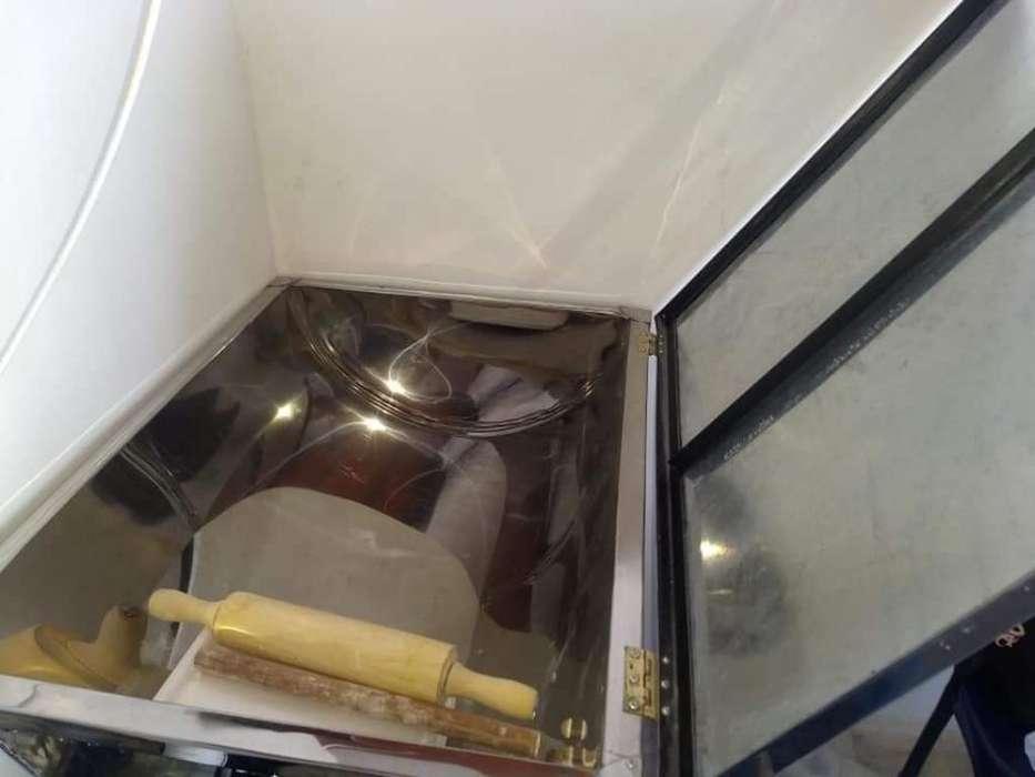 Mesa Amasadora de Harina para Empanadas