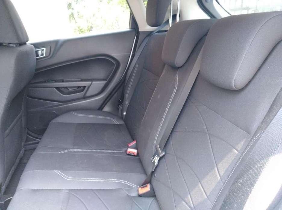 Ford Fiesta  2014 - 37000 km